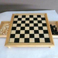 Juegos de mesa: AJEDREZ DE MADERA CON CAJONCITOS PARA PIEZAS - 24 X 24 CMS.. Lote 132337142