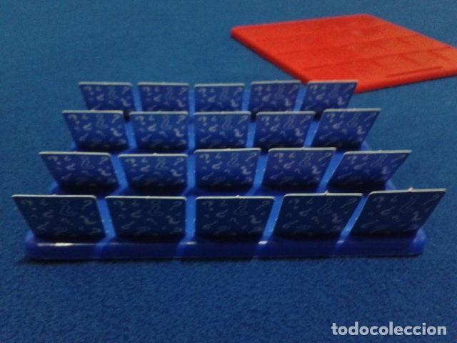 Juegos de mesa: JUEGO DE MESA ( ¿ QUIEN ES QUIEN ? ) 2008 HASBRO HAPPY MEAL COMPLETO NUEVO - Foto 8 - 136118770