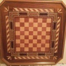 Juegos de mesa: TABLERO DE AJEDREZ ANTIGUO. Lote 139728097