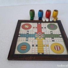 Juegos de mesa: ANTIGUO PARCHIS CON ESCUDOS DE FUTBOL. Lote 140030682