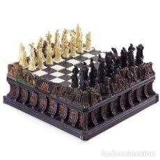 Juegos de mesa: AJEDREZ KING KONG COLECCIONISTA DELUXE CHESS SET EDICIÓN LIMITADA WETA COLLECTIBLES. Lote 141049478