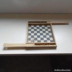 Juegos de mesa: TABLERO AJEDREZ COMPLETO. ANTIGUO.. Lote 141326858