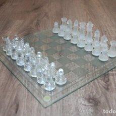 Juegos de mesa: JUEGO DE AJEDREZ DE CRISTAL. Lote 143047306