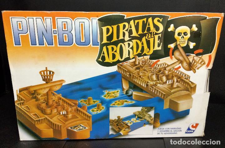 PIN BOLL PIRATAS AL ABORDAJE- CEFA (Juguetes - Juegos - Juegos de Mesa)