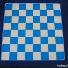 Juegos de mesa: TABLERO DE AJEDREZ Y DAMAS. Lote 152487726