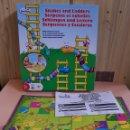 Juegos de mesa: JUEGO DE MESA SERPIENTES Y ESCALERAS - PAVILLON - COMPLETO - BUEN ESTADO - ARM01. Lote 154331998
