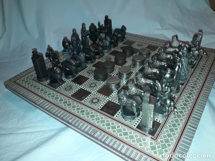 Juegos de mesa: Maravilloso conjunto ajedrez, damas, tablero de taracea nácar madreperla y baúl motivos granadinos - Foto 6 - 157246334