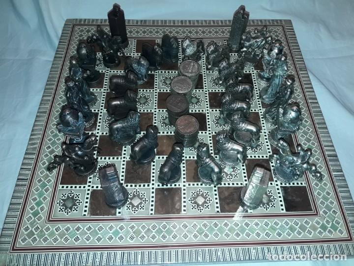 Juegos de mesa: Maravilloso conjunto ajedrez, damas, tablero de taracea nácar madreperla y baúl motivos granadinos - Foto 19 - 157246334