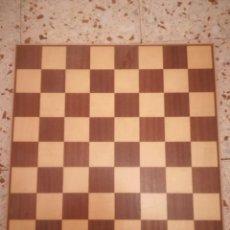 Juegos de mesa: TABLERO DE AJEDREZ. Lote 157292046