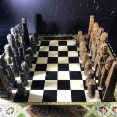 Juegos de mesa: JUEGO DE AJEDREZ INCA, 1986 - MADERA Y PIEDRA.. Lote 159188302