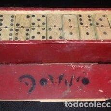 Juegos de mesa: DOMINÓ DE MADERA, 28 PIEZAS. Lote 160652930