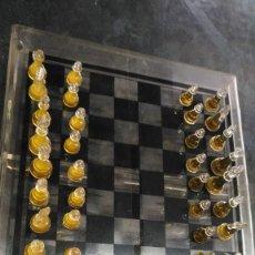 Juegos de mesa: AJEDREZ Y BACKGAMMON. Lote 160934526
