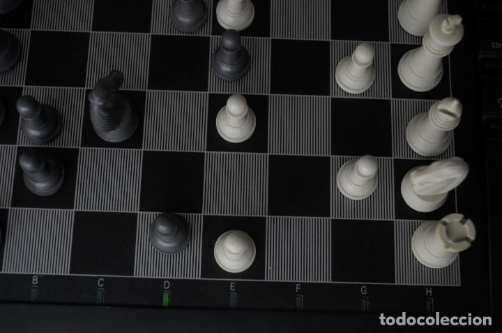Juegos de mesa: ajedrez electronico KASPAROV - Foto 15 - 166849194