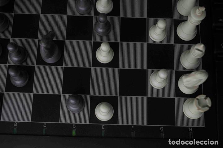 Juegos de mesa: ajedrez electronico KASPAROV - Foto 25 - 166849194