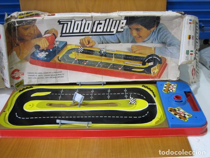 ANTIGUO JUEGO AUTO RALLYE DE CONGOS. INCOMPLETO (Juguetes - Juegos - Juegos de Mesa)