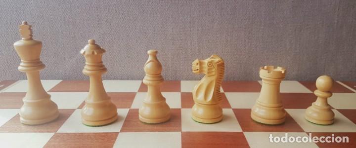 Juegos de mesa: Ajedrez Staunton Clásico con Tablero / Caja plegable de Madera - Foto 4 - 170251078