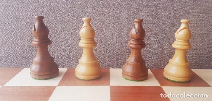 Juegos de mesa: Ajedrez Staunton Clásico con Tablero / Caja plegable de Madera - Foto 6 - 170251078