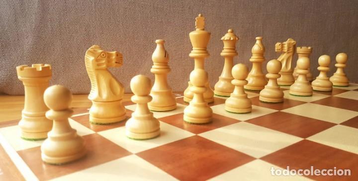 Juegos de mesa: Ajedrez Staunton Clásico con Tablero / Caja plegable de Madera - Foto 7 - 170251078