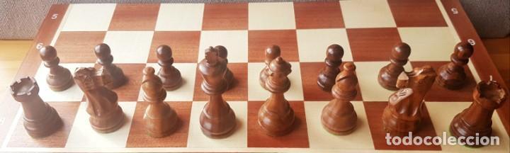 Juegos de mesa: Ajedrez Staunton Clásico con Tablero / Caja plegable de Madera - Foto 8 - 170251078