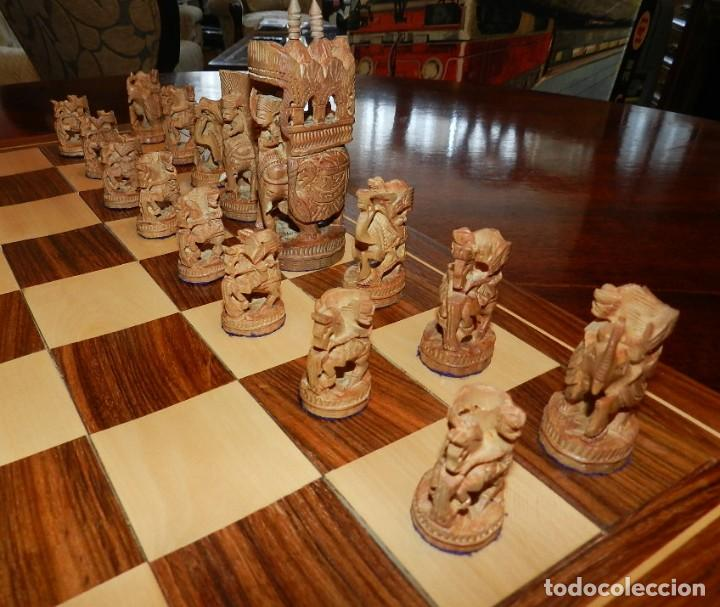 Juegos de mesa: Antiguo Juego de Ajedrez Indio tallado a mano, llevalas 32 piezas talladas a mano en madera, todo ta - Foto 7 - 170977843