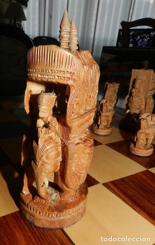 Juegos de mesa: Antiguo Juego de Ajedrez Indio tallado a mano, llevalas 32 piezas talladas a mano en madera, todo ta - Foto 9 - 170977843