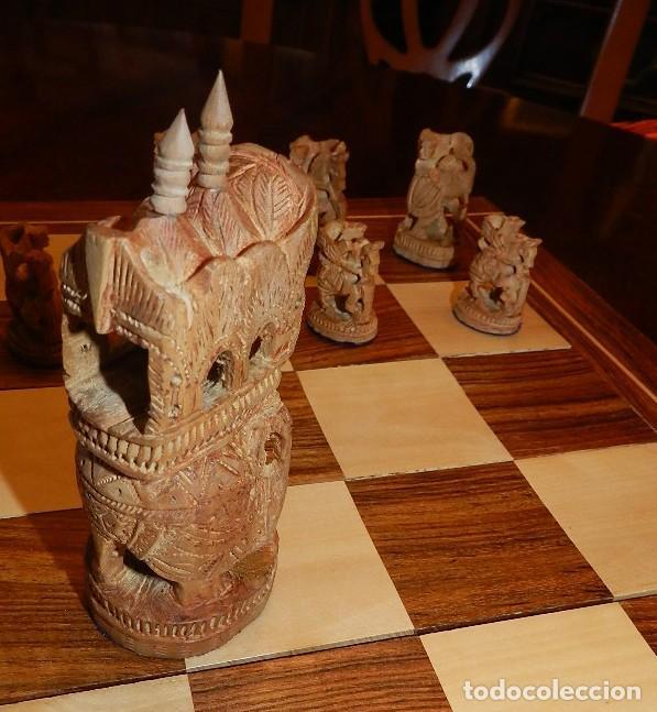 Juegos de mesa: Antiguo Juego de Ajedrez Indio tallado a mano, llevalas 32 piezas talladas a mano en madera, todo ta - Foto 11 - 170977843