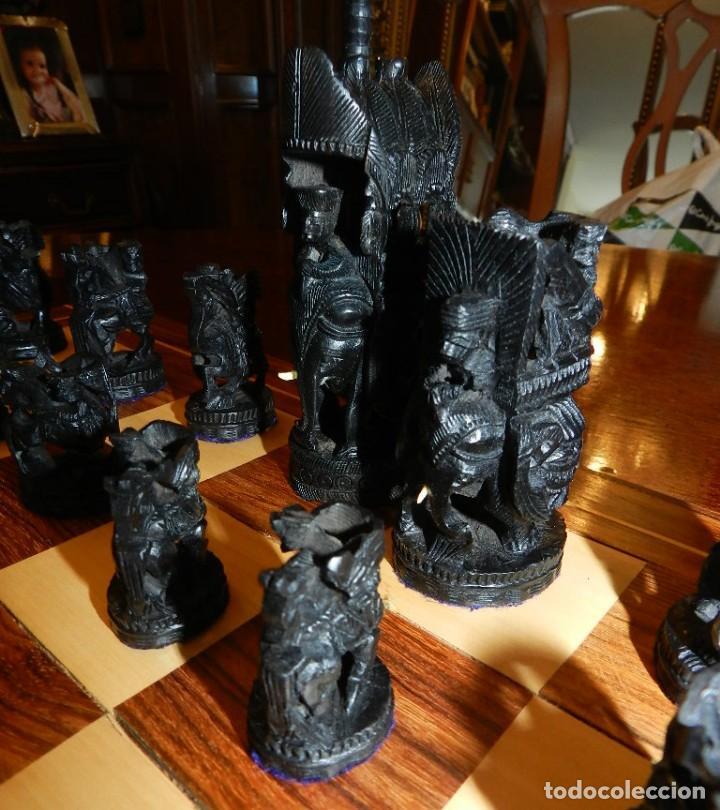 Juegos de mesa: Antiguo Juego de Ajedrez Indio tallado a mano, llevalas 32 piezas talladas a mano en madera, todo ta - Foto 14 - 170977843