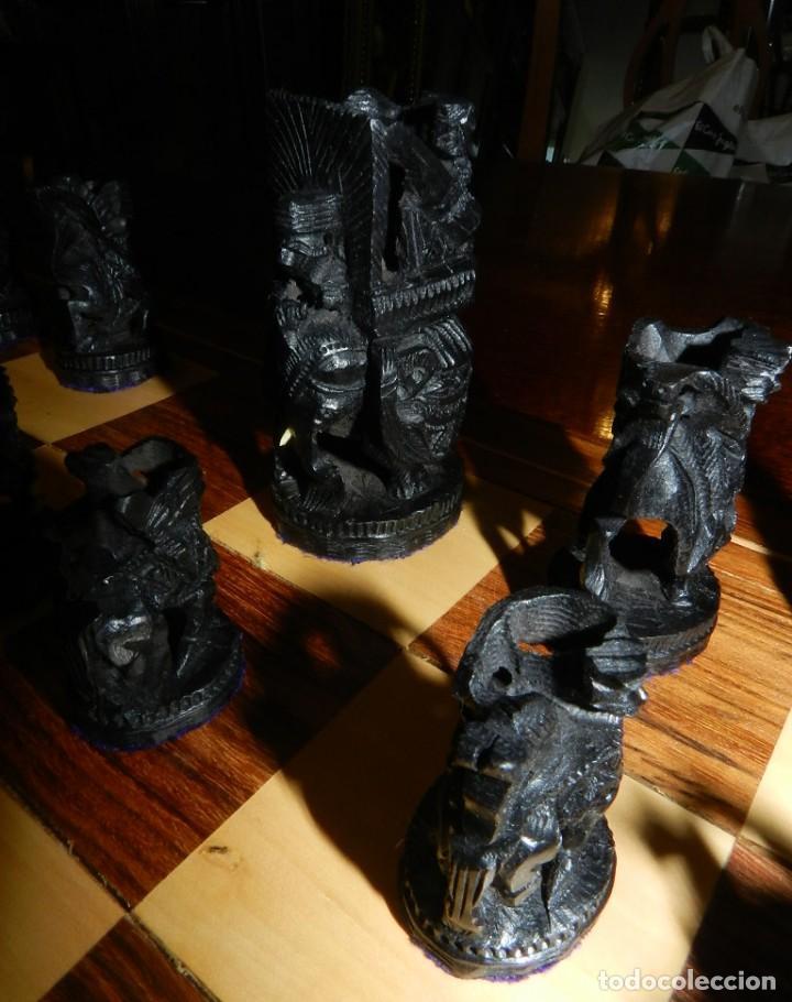 Juegos de mesa: Antiguo Juego de Ajedrez Indio tallado a mano, llevalas 32 piezas talladas a mano en madera, todo ta - Foto 19 - 170977843