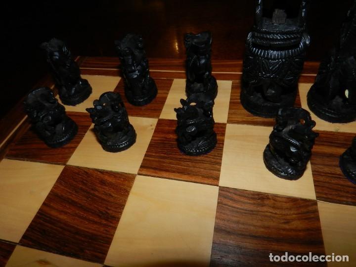Juegos de mesa: Antiguo Juego de Ajedrez Indio tallado a mano, llevalas 32 piezas talladas a mano en madera, todo ta - Foto 22 - 170977843