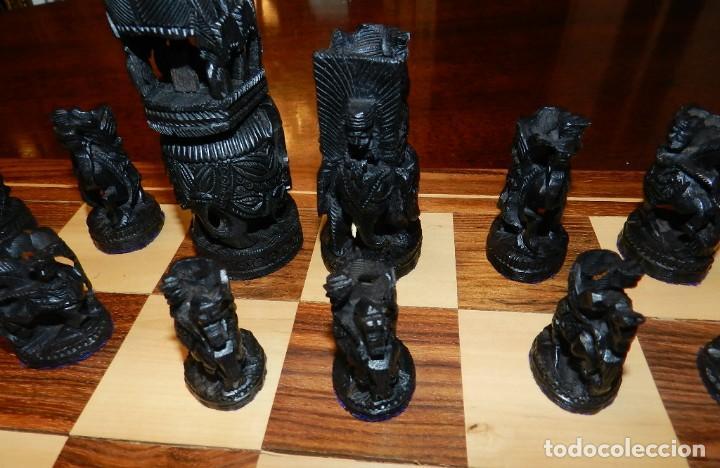 Juegos de mesa: Antiguo Juego de Ajedrez Indio tallado a mano, llevalas 32 piezas talladas a mano en madera, todo ta - Foto 23 - 170977843
