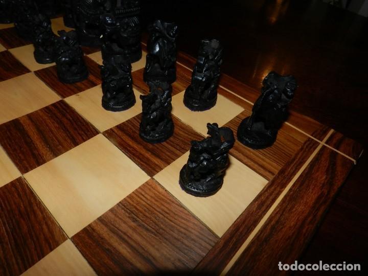 Juegos de mesa: Antiguo Juego de Ajedrez Indio tallado a mano, llevalas 32 piezas talladas a mano en madera, todo ta - Foto 24 - 170977843