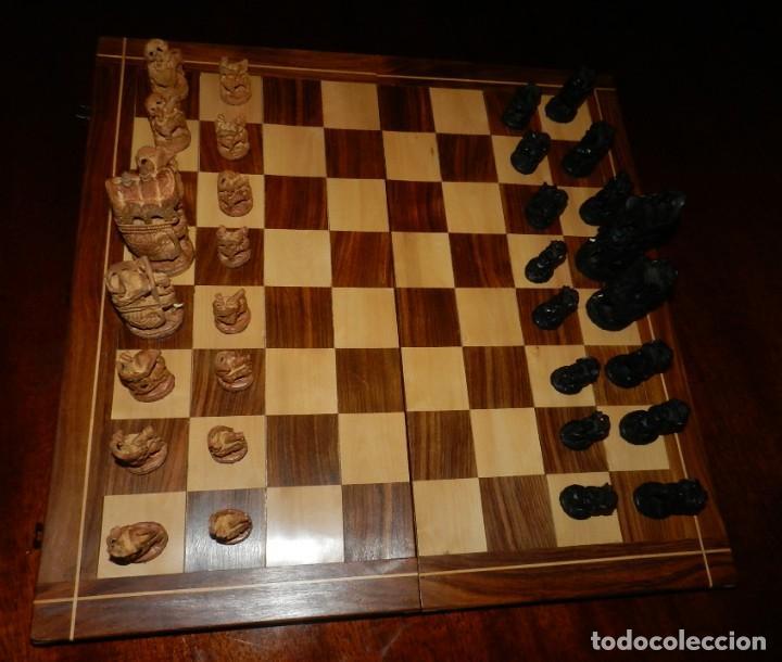 Juegos de mesa: Antiguo Juego de Ajedrez Indio tallado a mano, llevalas 32 piezas talladas a mano en madera, todo ta - Foto 26 - 170977843