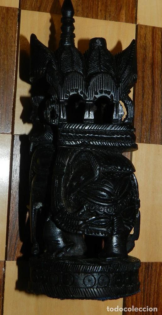 Juegos de mesa: Antiguo Juego de Ajedrez Indio tallado a mano, llevalas 32 piezas talladas a mano en madera, todo ta - Foto 32 - 170977843