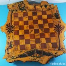 Juegos de mesa: TABLERO DE AJEDREZ DE MADERA DE OLIVO DE TUNISIE (TUNEZ) CON DOS CAJONES, NO INCLUYE LAS FICHAS. Lote 172245282