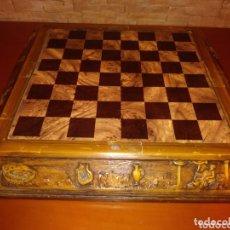 Juegos de mesa: TABLERO AJEDREZ MADERA. Lote 172372133