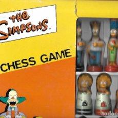 Juegos de mesa: SIMPSONS 3D CHESS GAME AJEDREZ COMPLETO ESTADO PERFECTO. Lote 174492072