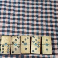 Jogos de mesa: 5 PIEZAS DE DOMINO, DE HUESO Y MADERA. PARA COMPLETAR JUEGO. 4 CM X 2 CM.. Lote 176333008