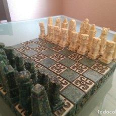 Juegos de mesa: AJEDREZ DE MALAQUITA Y ALABASTRO INSPIRADO EN LA CULTURA MAYA DE YUCATÁN.. Lote 177045384