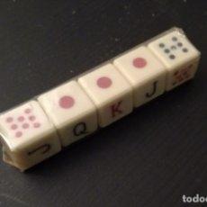 Juegos de mesa: JUEGO DE 5 DADOS DE POKER - PRECINTADO. Lote 178236160