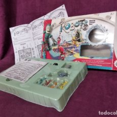 Juegos de mesa: JUEGO DE MESA, ROBOTS, COMPLETO, CON CAJA ORIGINAL E INSTRUCCIONES, MATTEL, 2005. Lote 178865516