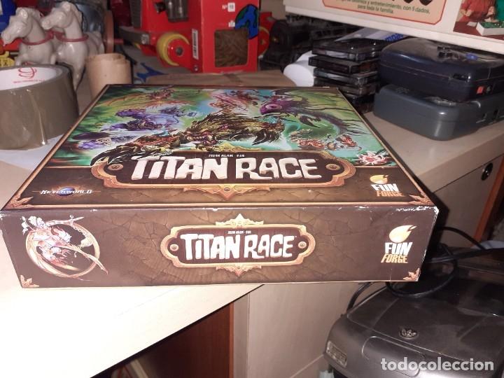 Juegos de mesa: Titan Race.Funforge 2015.Juego de Rol. - Foto 2 - 179134526