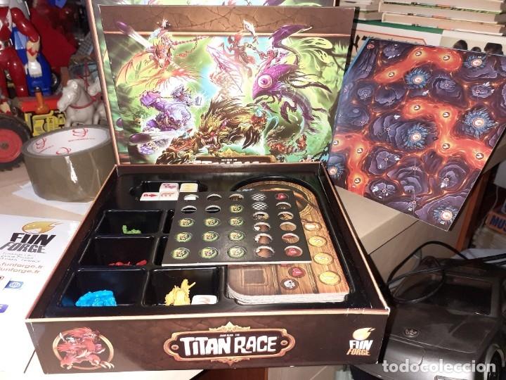 Juegos de mesa: Titan Race.Funforge 2015.Juego de Rol. - Foto 3 - 179134526