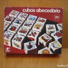 Juegos de mesa: JUEGO DE MESA CUBOS DE ABECEDARIO DE BORRAS. Lote 182091642
