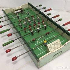 Juegos de mesa: ANTIGUO Y PRECIOSO FUTBOLÍN EN MADERA Y ACERO MACIZO. Lote 182233723