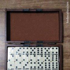Juegos de mesa: MFF.- JUEGO DE DOMINO. FICHAS DE HUESO.- ESTUCHE DE PIEL.-. Lote 182784353