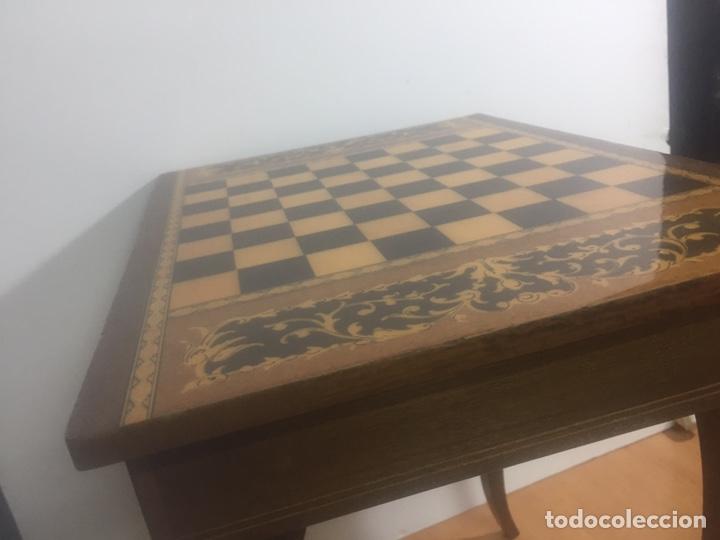 Juegos de mesa: Mesita con marquetería musical para damas o ajedrez - Foto 15 - 183735832