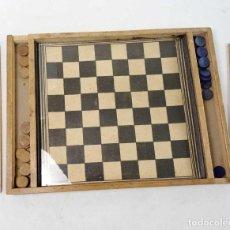Juegos de mesa: JUEGO DE DAMAS DE MADERA CON CRISTAL COMPLETO. BORRÁS AÑOS 40. Lote 186131463