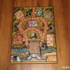 Juegos de mesa: TABLERO ORIGINAL JUEGO ALDEA TERROR MUNDO KORAK DISET DUNGEON MESA MINIATURAS 1993. Lote 187092768