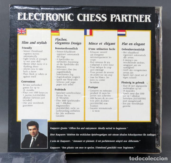 Juegos de mesa: Ajedrez electrónico Saitek Electronic Chess Partner Funciona caja instrucciones - Foto 5 - 187182085