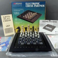 Juegos de mesa: AJEDREZ ELECTRÓNICO SAITEK ELECTRONIC CHESS PARTNER FUNCIONA CAJA INSTRUCCIONES. Lote 187182085